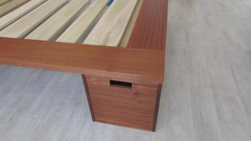 Bed/Drawer